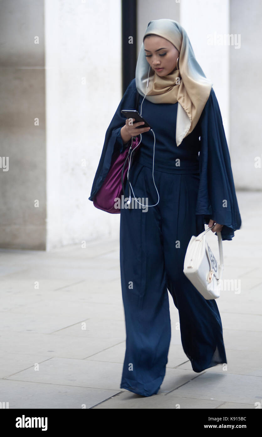 e297f9dd99b Street Style from Day four of London Fashion Week