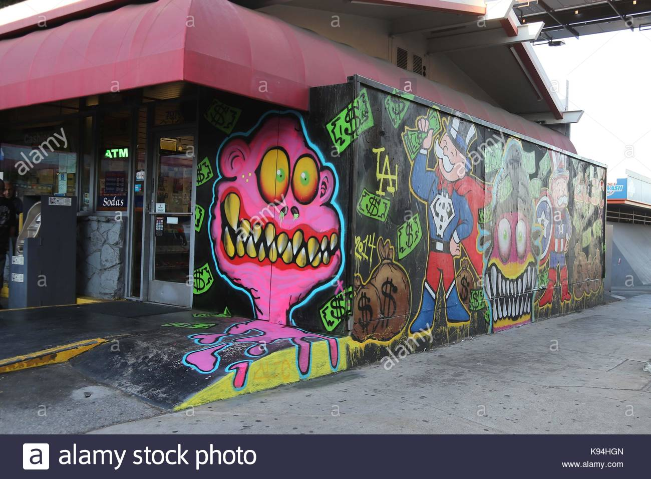 Chris Brown Chris Browns Graffiti Art Work On The Famed Norms 76 Gas Station On The Sunset Strip