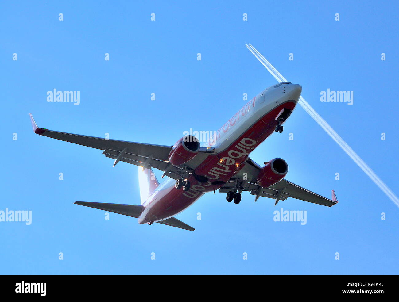 Air Berlin Near Miss Flying - Stock Image