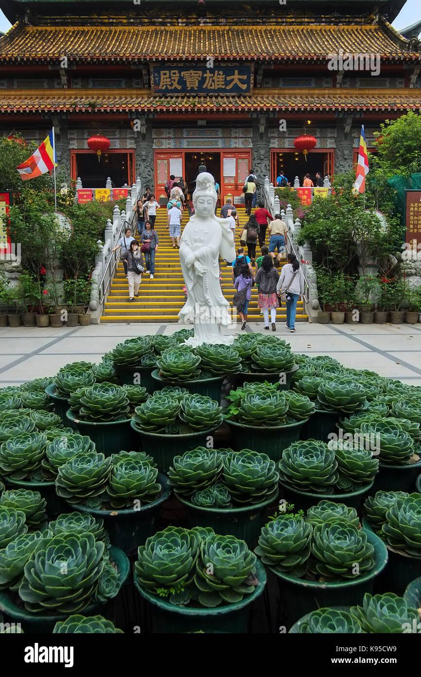 Tian Tan Buddha The Big Buddha and Po Lin Monastery. Po Lin monastery. © Jayne Russell/Alamy Stock Photo - Stock Image