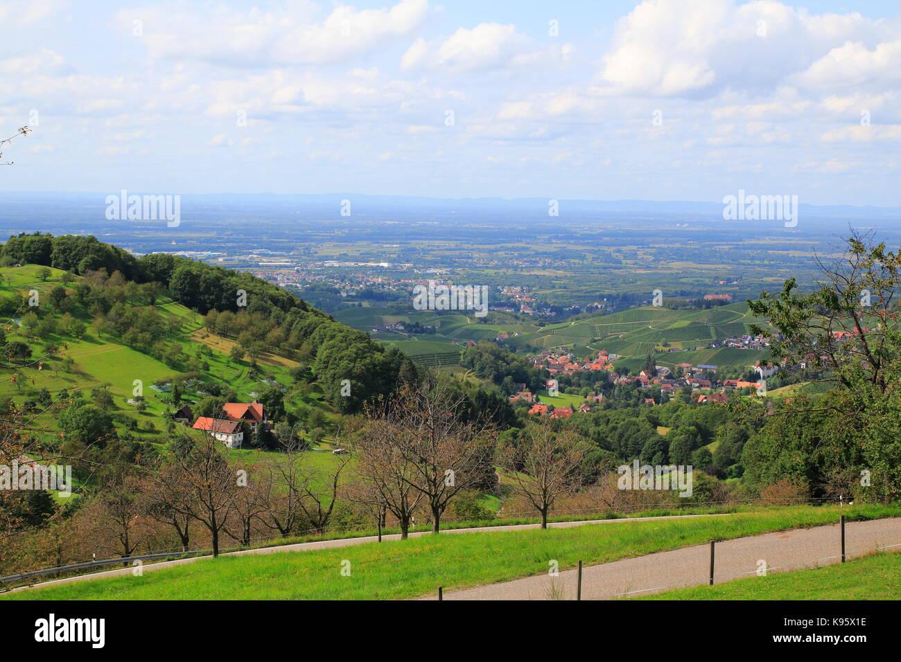 Blick auf die Rheinebene, über Sasbachwalden, Schwarzwald - Stock Image