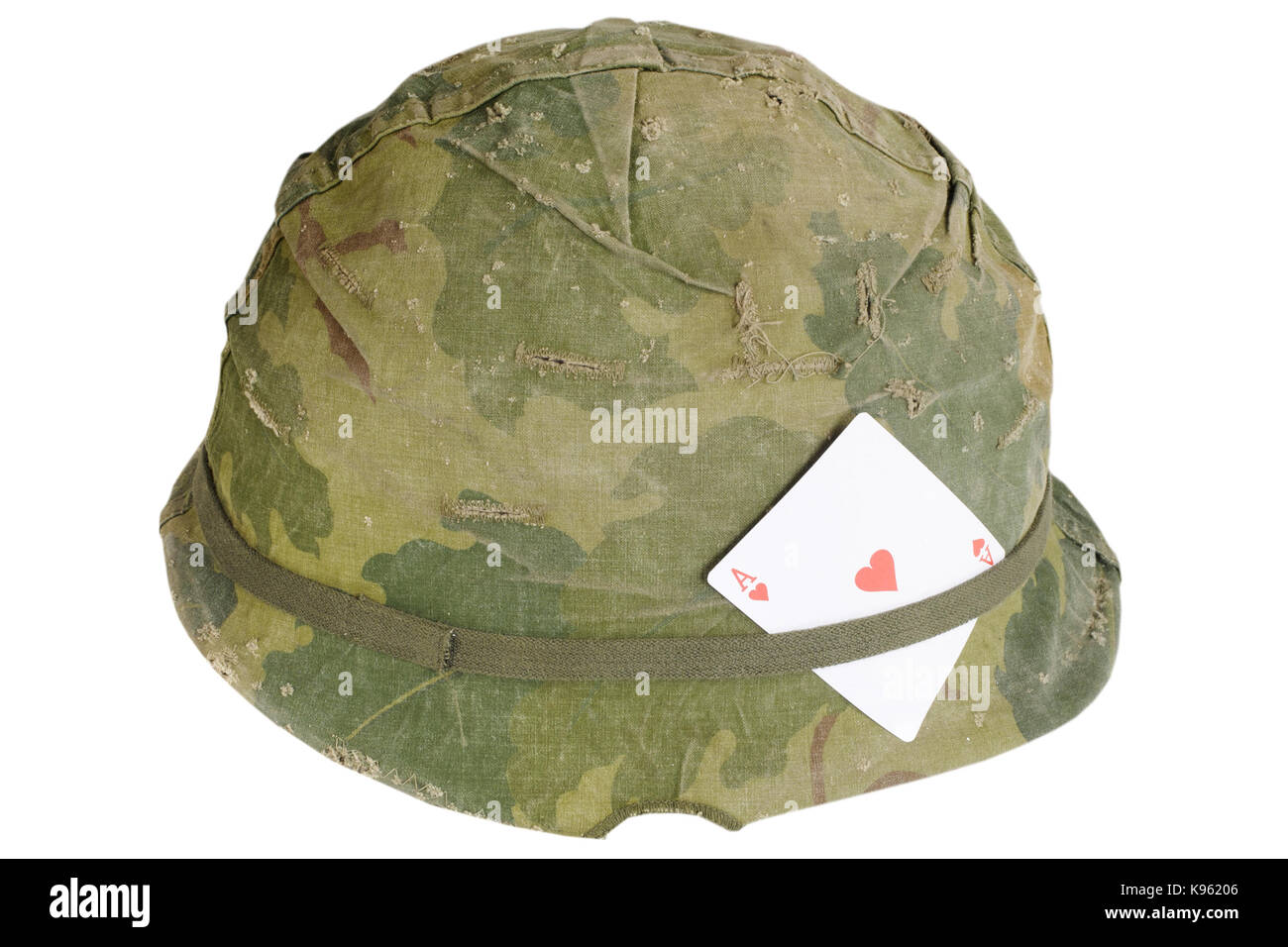 3189f837 US Army helmet Vietnam war period with amulet - ace of hearts playing card