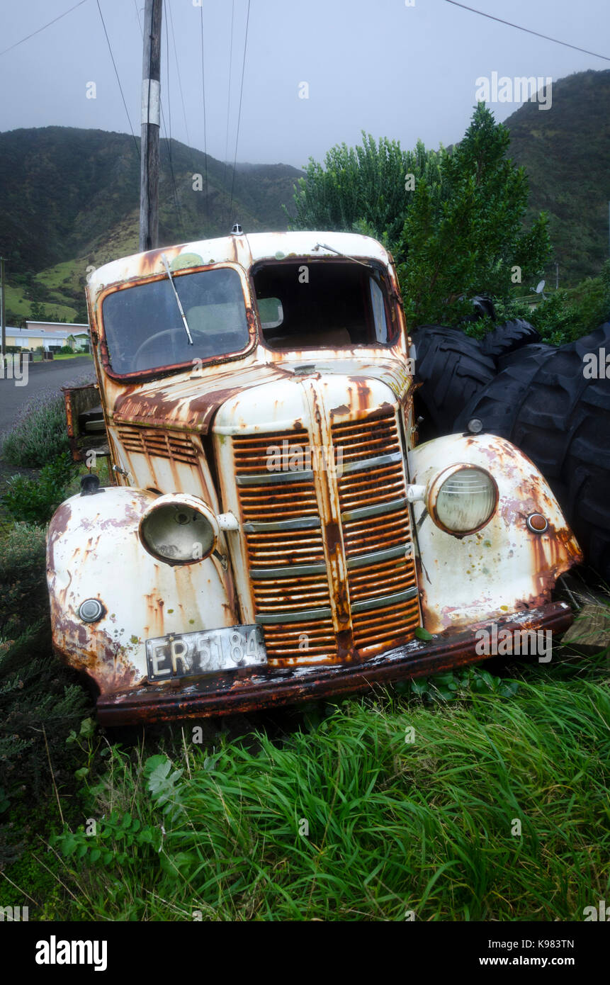 Old Bedford Truck, Ngawi, Cape Palliser, Wairarapa, North Island, New Zealand - Stock Image