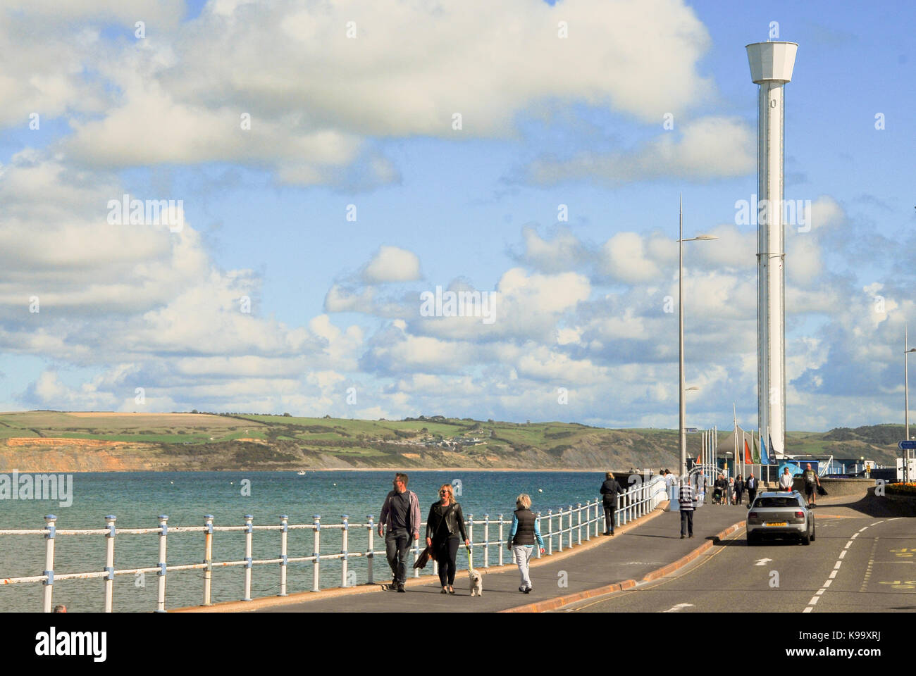 Weymouth, UK. 22nd Sep, 2017. UK Weather. Summer hangs on in Weymouth, on what is officially the first day of Autumn Stock Photo
