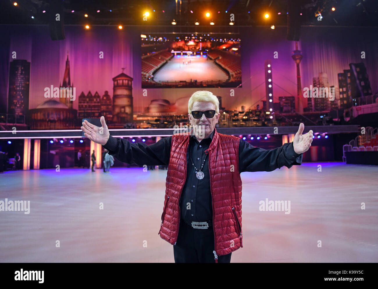 EXCLUSIVE - The folk singer Heino on stage during rehearsals for the 'Musikfest der Bundeswehr' (lit. - Stock Image