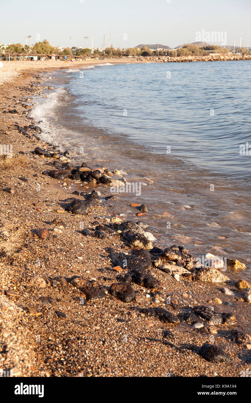 The beach of Glyfada (Saronic Gulf, Athens, Greece) during the days of the oil spill. Swimming is prohibited in - Stock Image