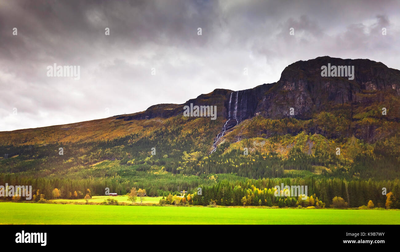 Picturesque autumn mountain landscape of Norway. Scandinavia. - Stock Image