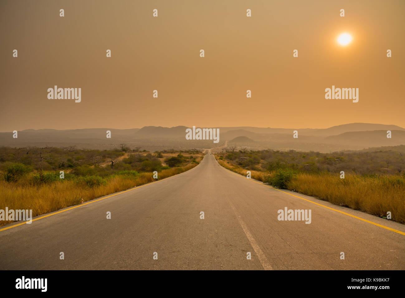 road Road to the Lubango - Stock Image