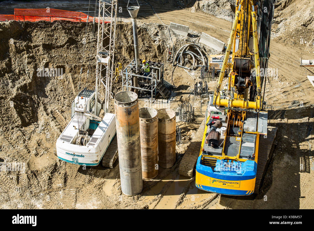 MILAN, ITALY - SEPTEMBER 19,2017: Construction site of new skyscraper Unipol Headquarter designed by MCA Mario Cucinella - Stock Image