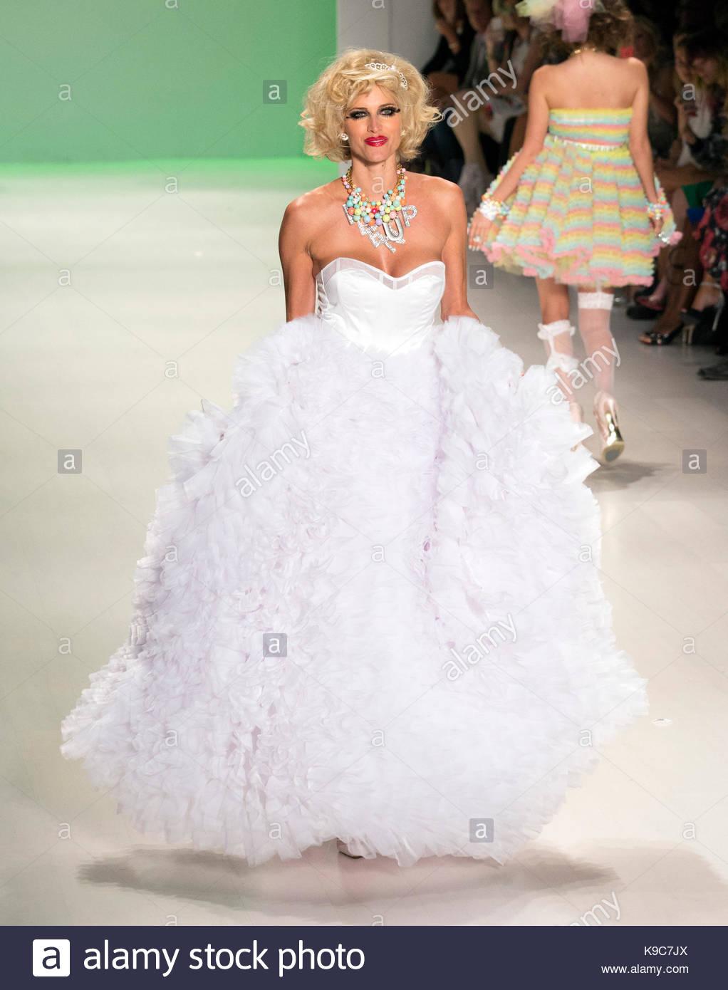 Kristen Taekman. Betsey Johnson Runway Models at Mercedes Benz Stock ...