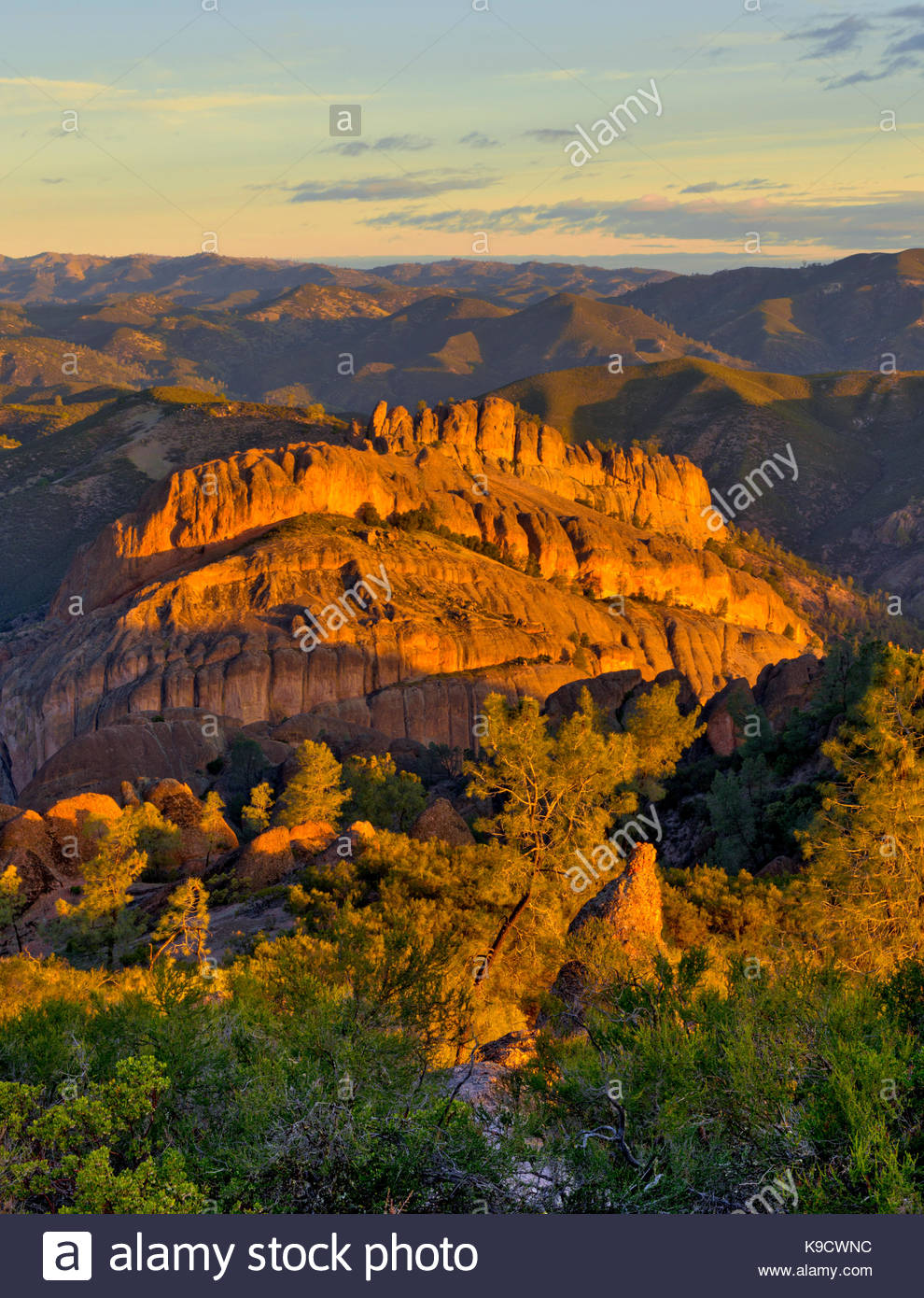 The Balconies at Sunrise, Pinnacles National Park, California - Stock Image
