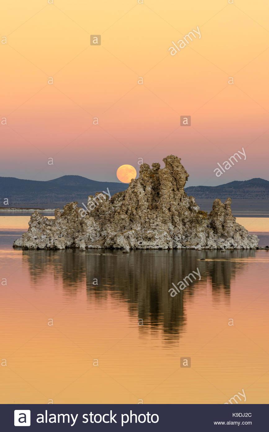 Rising November Full Moon over Mono Lake, Mono Basin National Forest Scenic Area, California - Stock Image