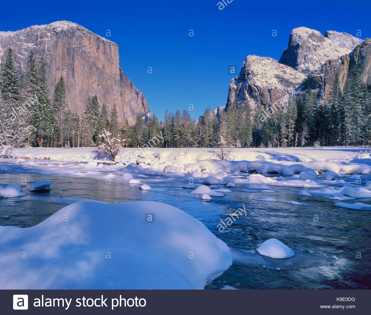 Gates of the Valley in Winter, Yosemite National Park, California - Stock Image