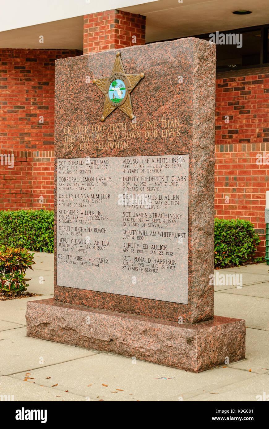 Sheriff\'s Memorial Stock Photos & Sheriff\'s Memorial Stock Images ...