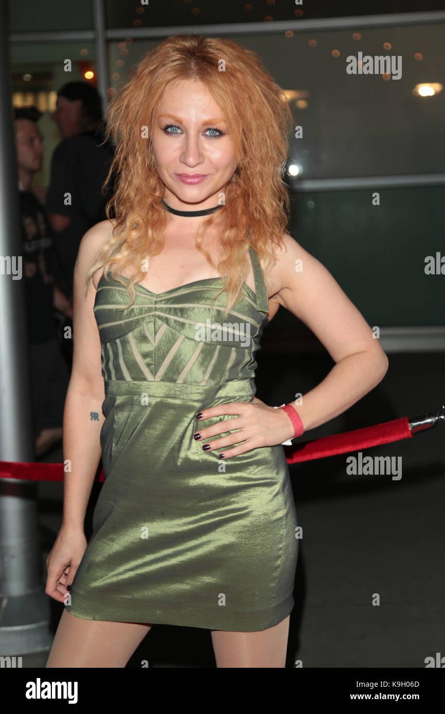 Elissa Dowling Nude Photos 55