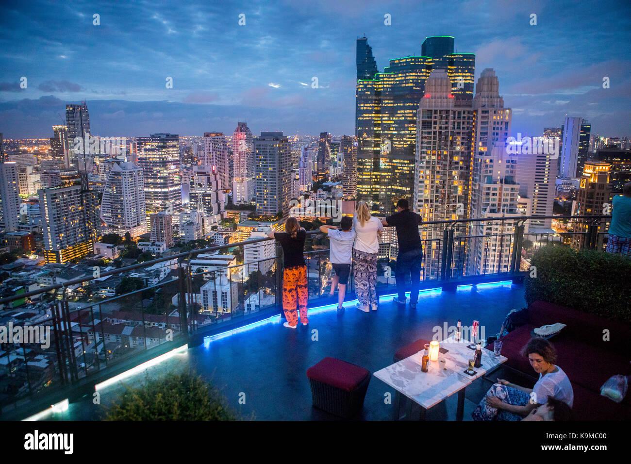 Zoom Skybar, rooftop bar and restaurant, at Anantara Sathorn Hotel, Bangkok, Thailand - Stock Image