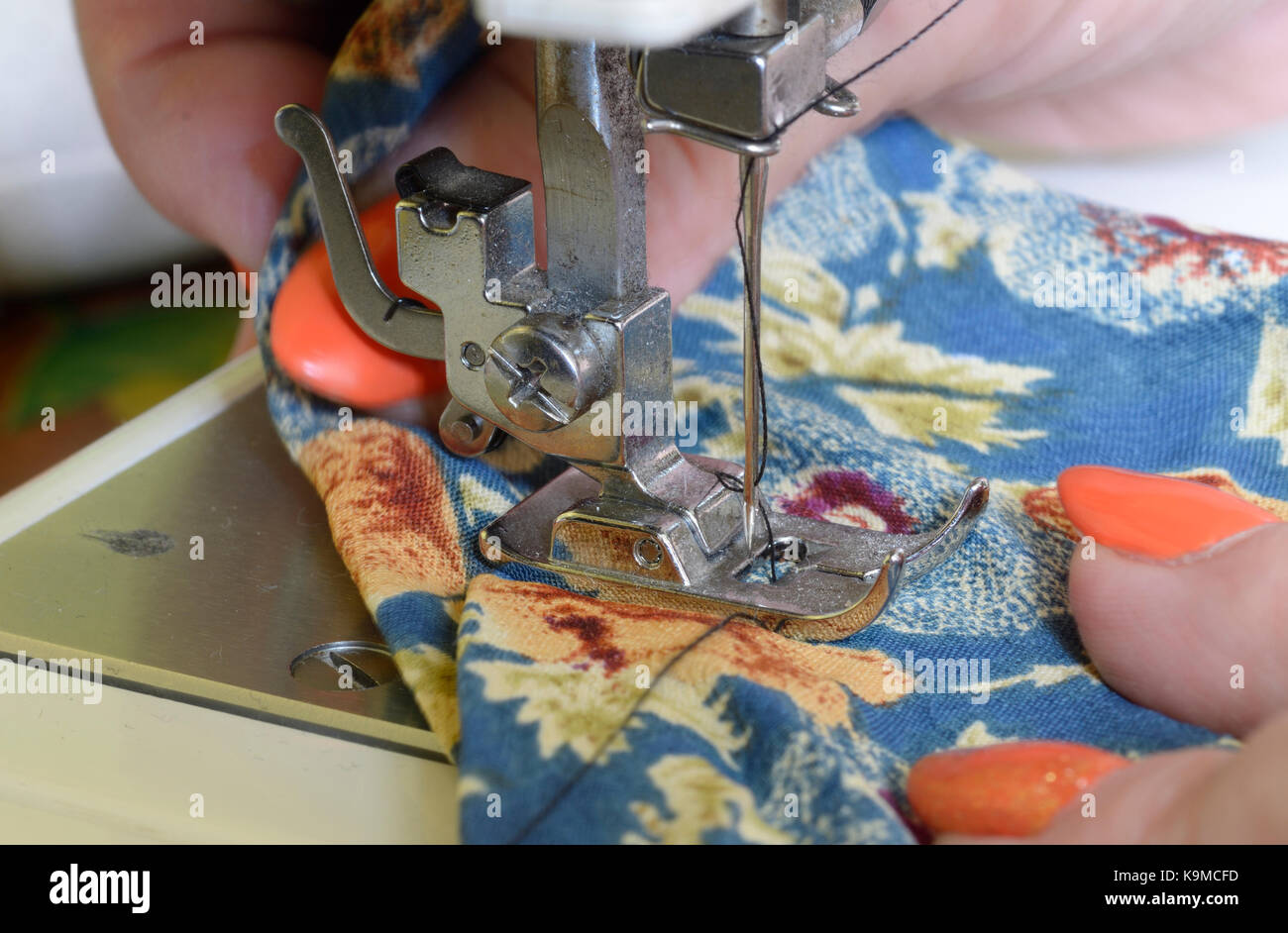 Needle Bar Stock Photos Images Alamy Parts Heating Element As Well Singer Sewing Machine Diagram Seamstress Sews On A Of Presser