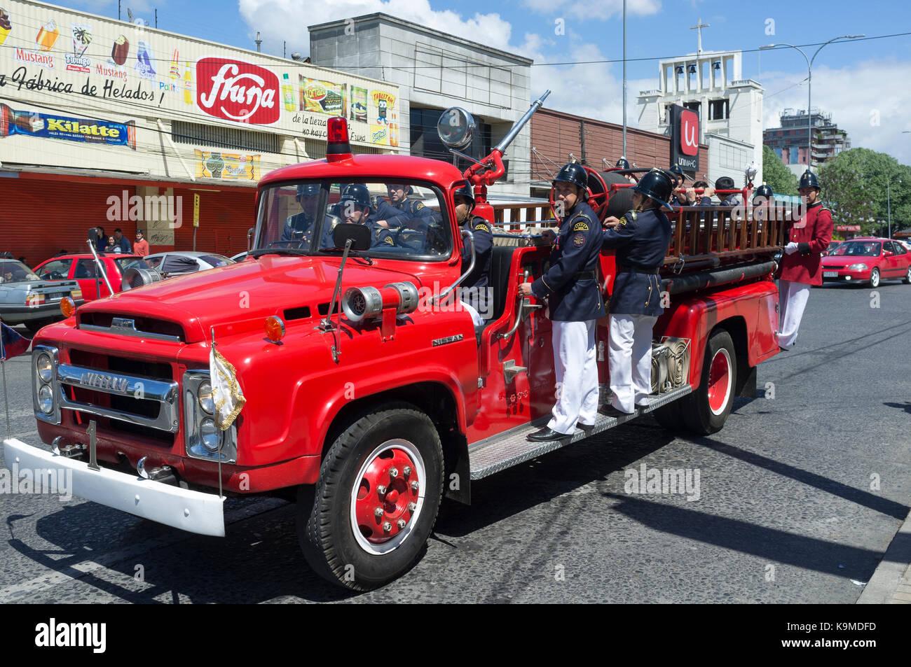 Restored Fire Truck Stock Photos & Restored Fire Truck Stock Images ...