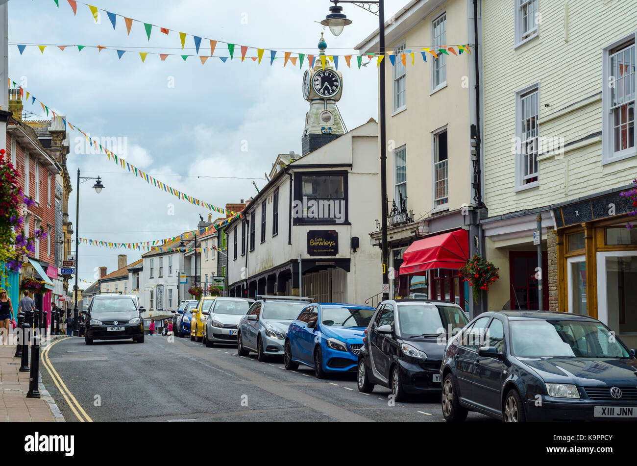 Fore Street and clock tower, Kingsbridge market town in South Hams, Devon, England, UK - Stock Image