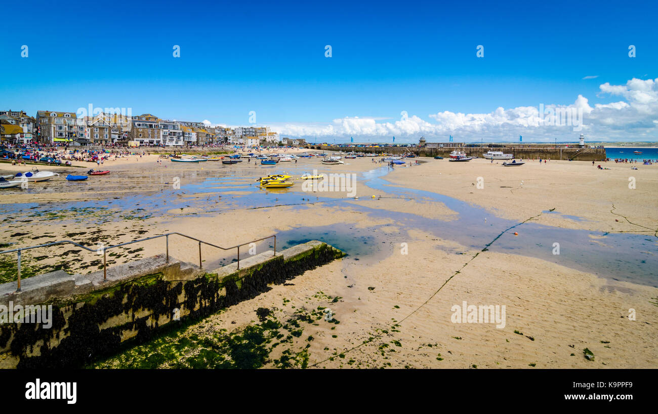 Low tide at St Ives harbour, Cornwall, England, UK Stock Photo