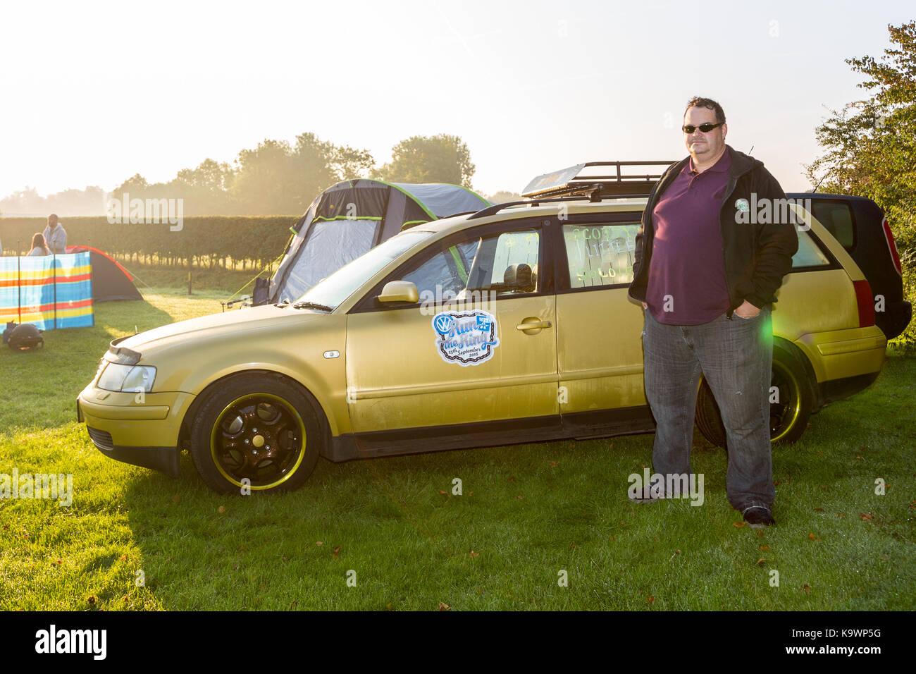 "Henlow Bridge Lakes, Bedfordshire, UK. 24th September 2017. Steven Pittock of the ""Run the Ring"" charity VW cruise Stock Photo"