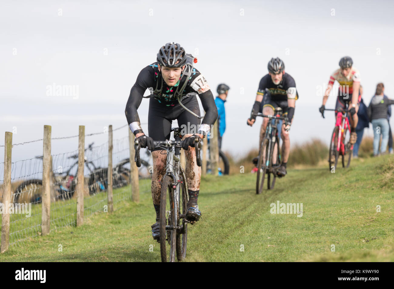 55th Annual 3 Peaks Cyclo-Cross, Ingleton Yorkshire Dales,  UK. 24th September 2017. Ruairi Revell descends Inglebrough - Stock Image