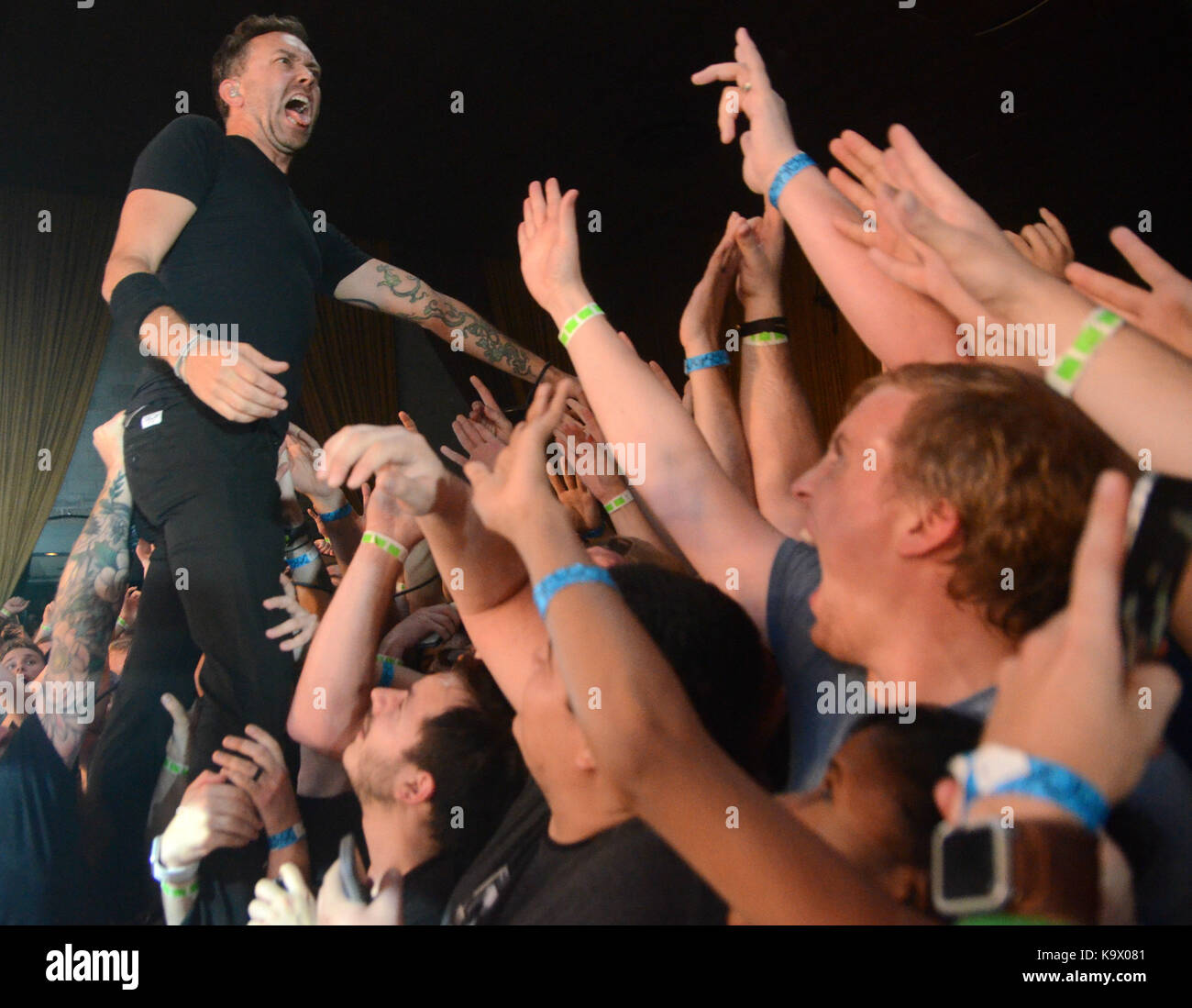 Minneapolis, Minnesota, USA. 23rd Sep, 2017. Lead singer Tim McIlrath of the band Rise Against performs at the Skyway - Stock Image