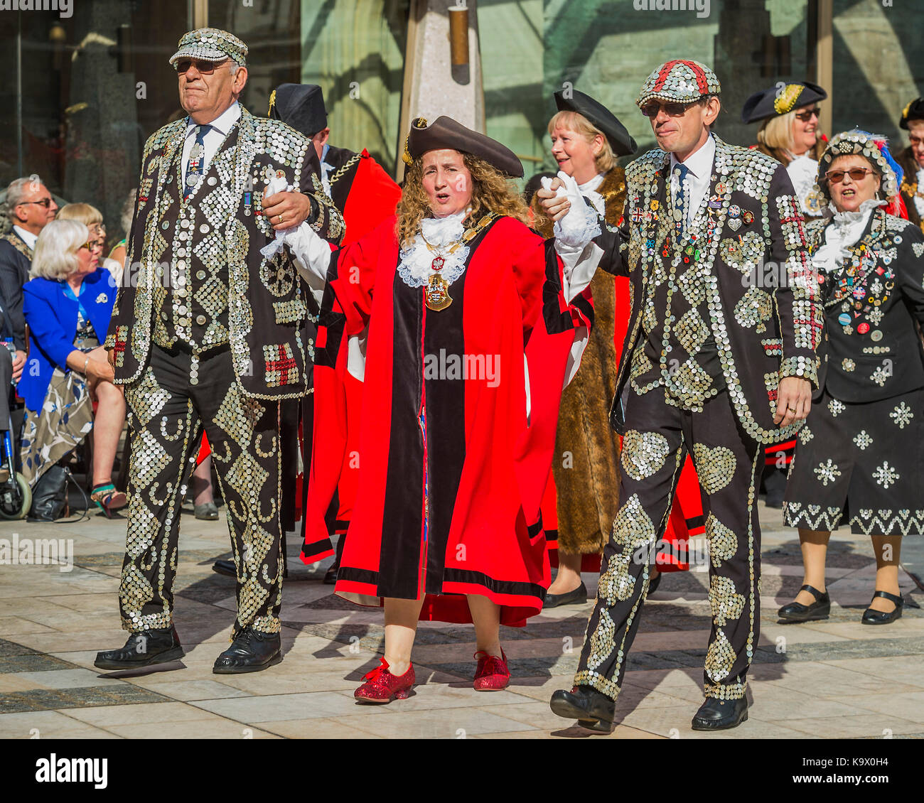 London, UK. 24th September, 2017. The annual Harvest Festival organised by the Pearly Society starts with a ceremony - Stock Image