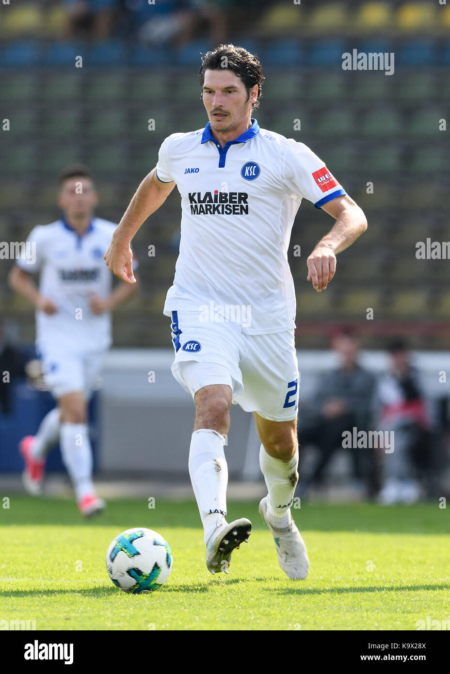 Karlsruhe, Deutschland. 24th Sep, 2017. Dominik Stroh-Engel (KSC) Einzelaktion, Freisteller. GES/ Fussball/ 3. Liga: - Stock Image