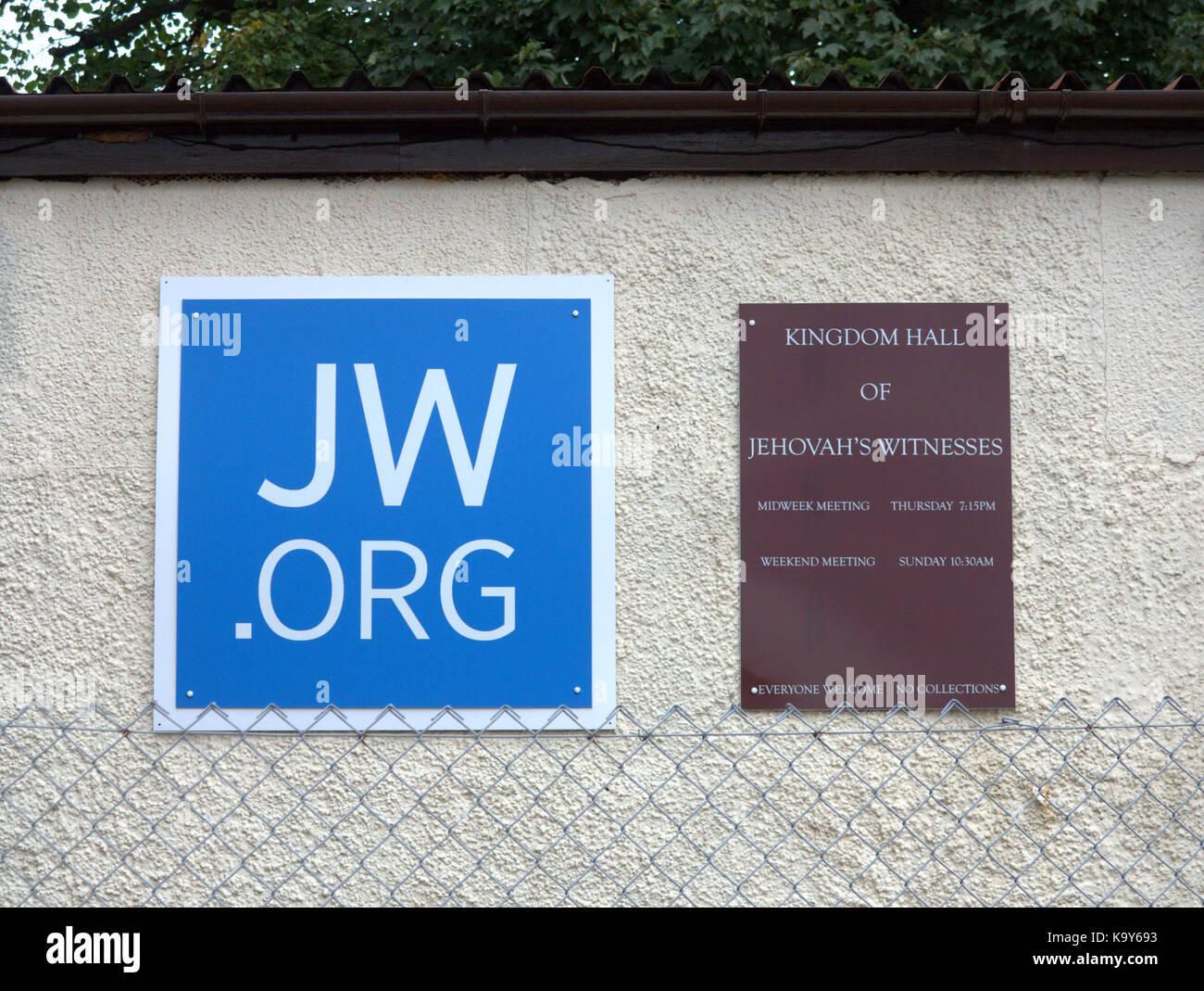 Jw Org Sign Jehovah S Witnesses Kingdom Hall Knightswood Stock Photo Alamy Наш офіційний сайт уможливлює онлайновий доступ до біблії, біблійних публікацій та останніх новин. https www alamy com stock image jworg sign jehovahs witnesses kingdom hall knightswood 161022879 html