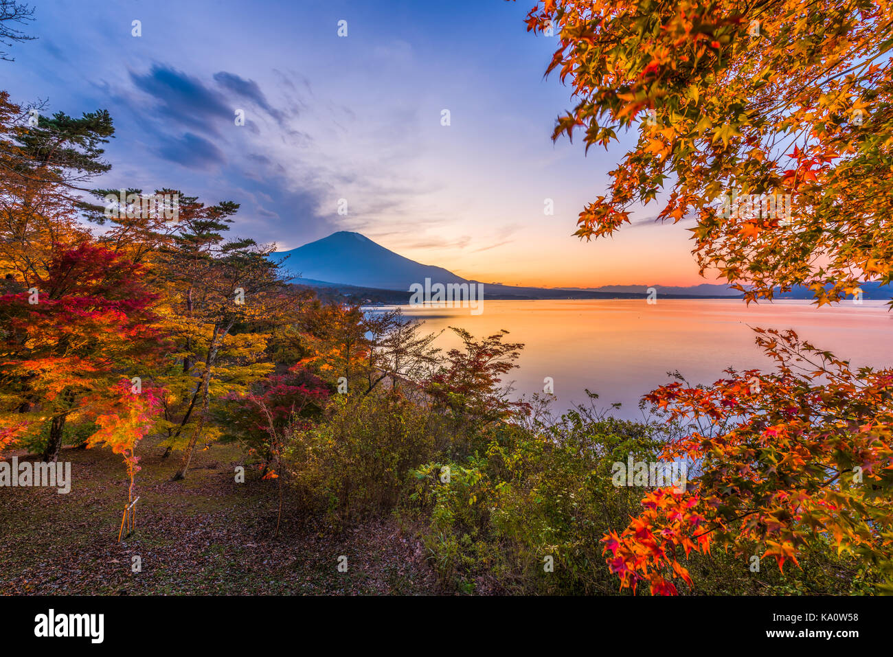 Lake Yamanaka, Yamanashi, Japan with Mt. Fuji during autumn season. - Stock Image