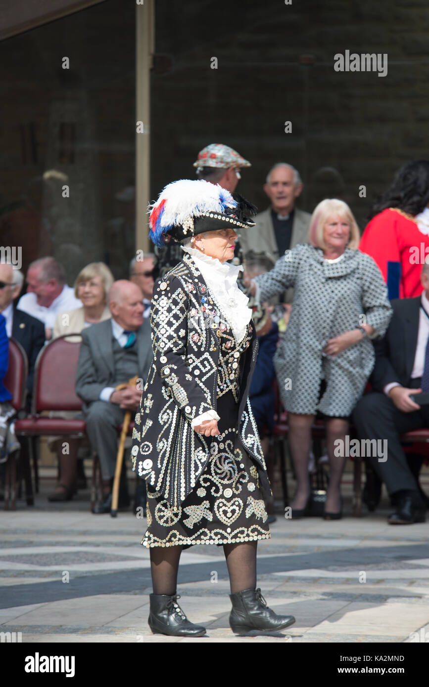 London, UK. 24 September 2017. Pearly Kings and Queens Harvest Festival. Credit: A.Bennett Credit: andrew bennett/Alamy - Stock Image