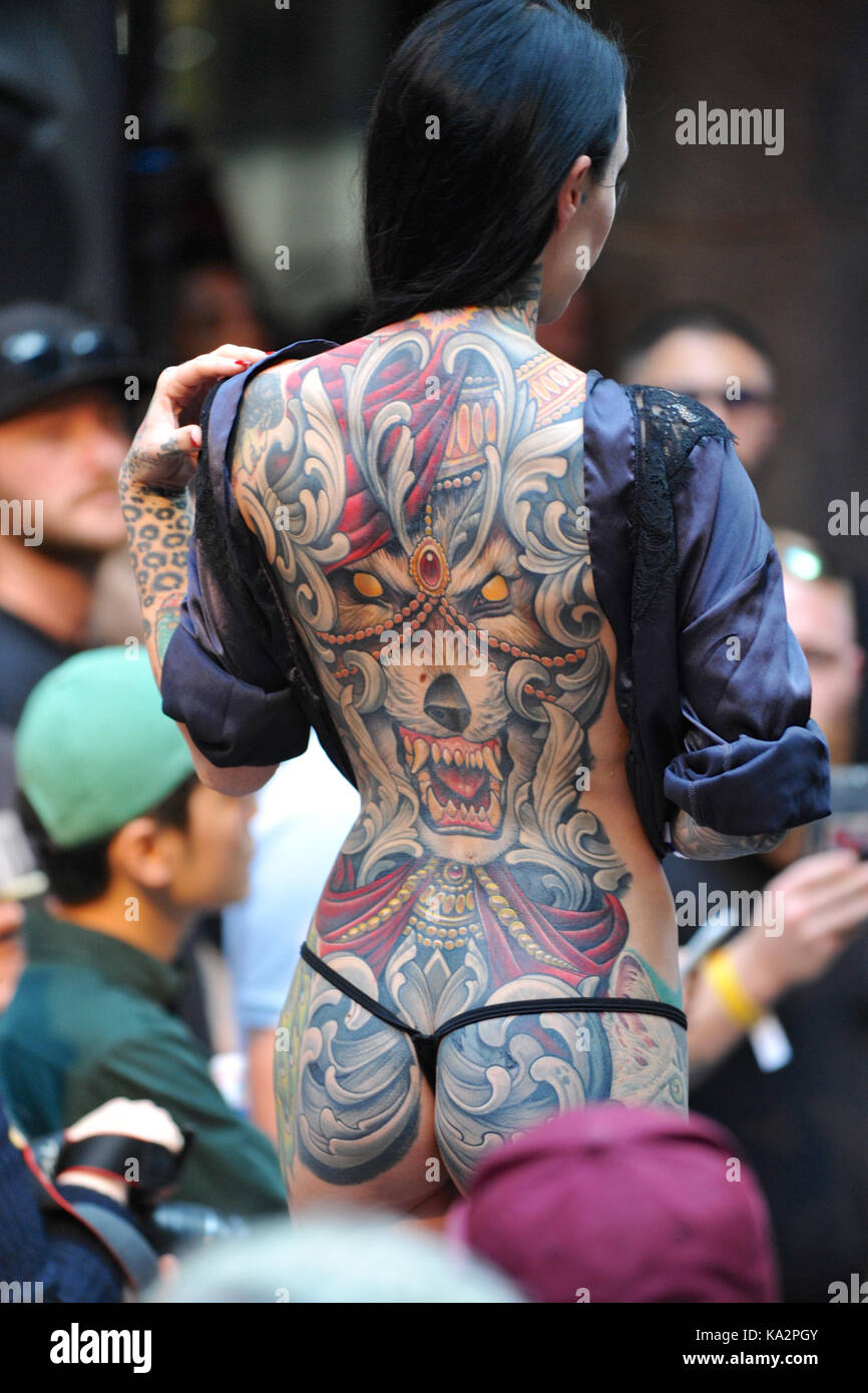 London Uk 24th September 2017 A Woman With A Whole Back Tattoo