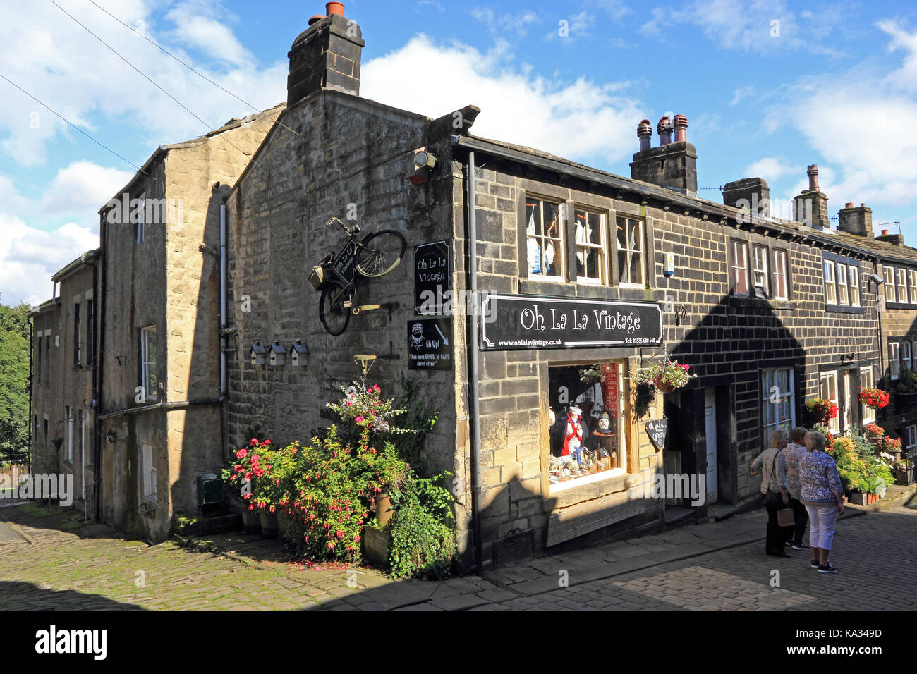 Oh La La Vintage shop, Haworth, West Yorkshire - Stock Image