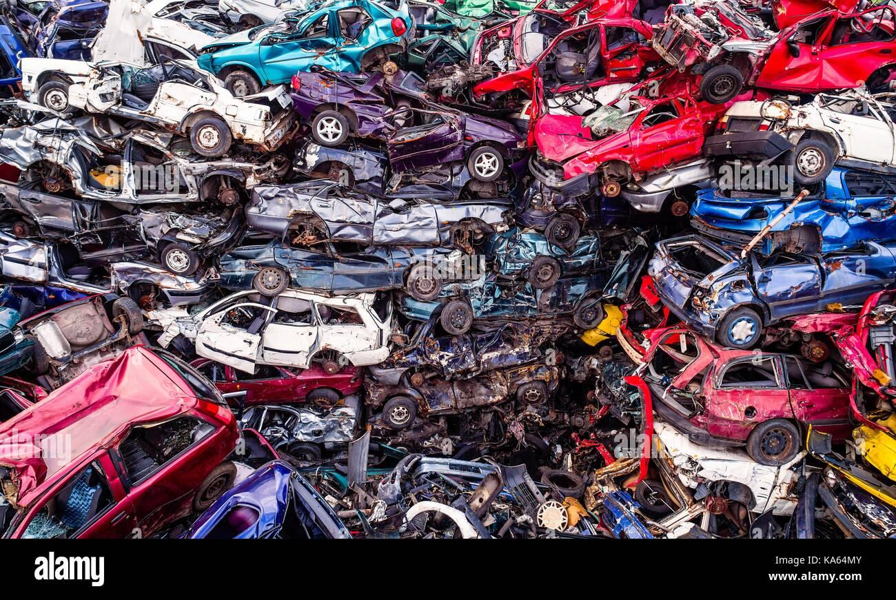 Cars Wrecks Scrap Dump Stock Photos & Cars Wrecks Scrap Dump Stock ...