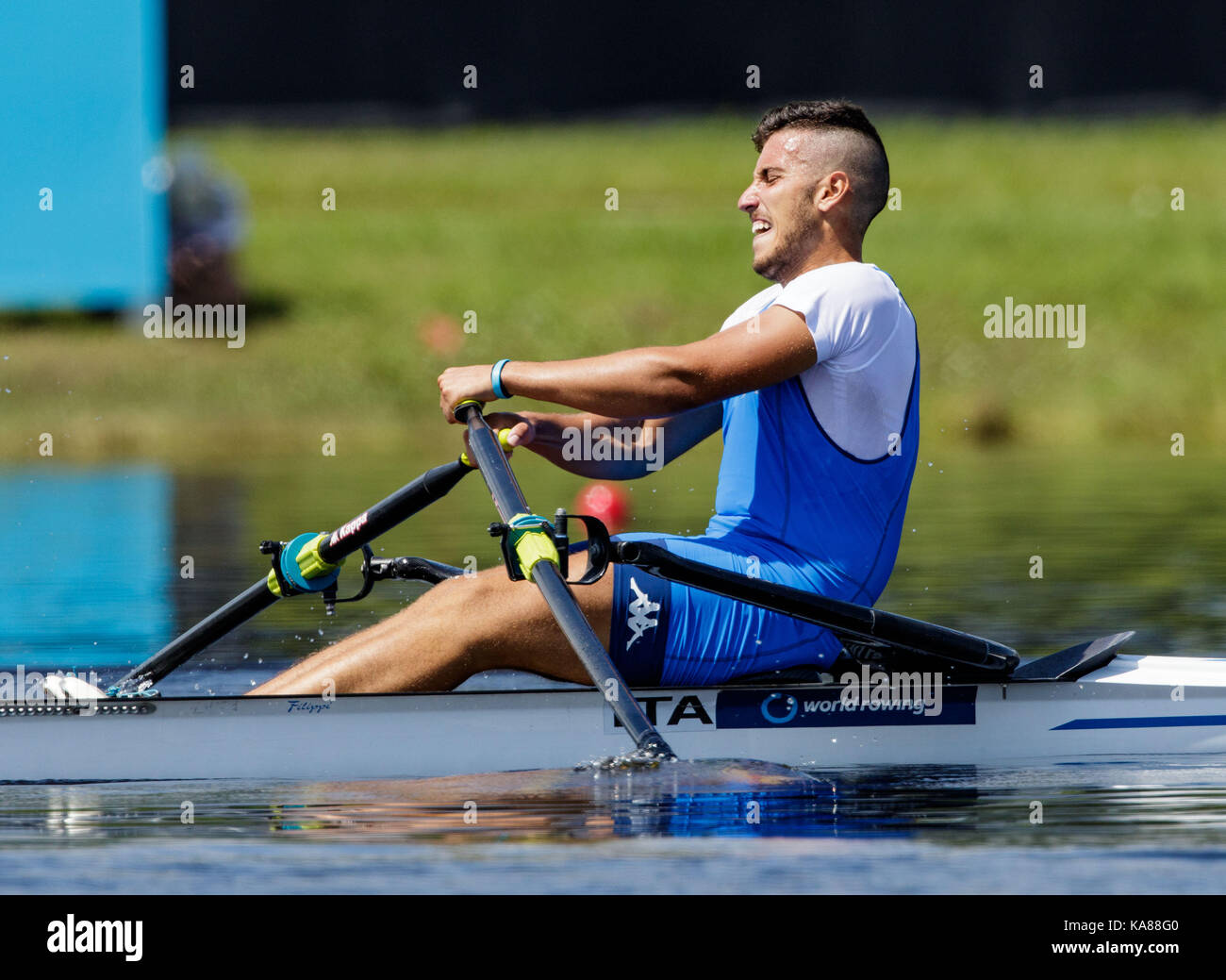 Sarasota-Bradenton, Florida, USA. 25th Sep, 2017. Salvatore Monfrecola of team Italy during (M1x) Men's Single Sculls - Repechage in the World Rowing Championships being held at Nathan Benderson Park in Sarasota-Bradenton, Florida. Del Mecum/CSM/Alamy Live News Stock Photo