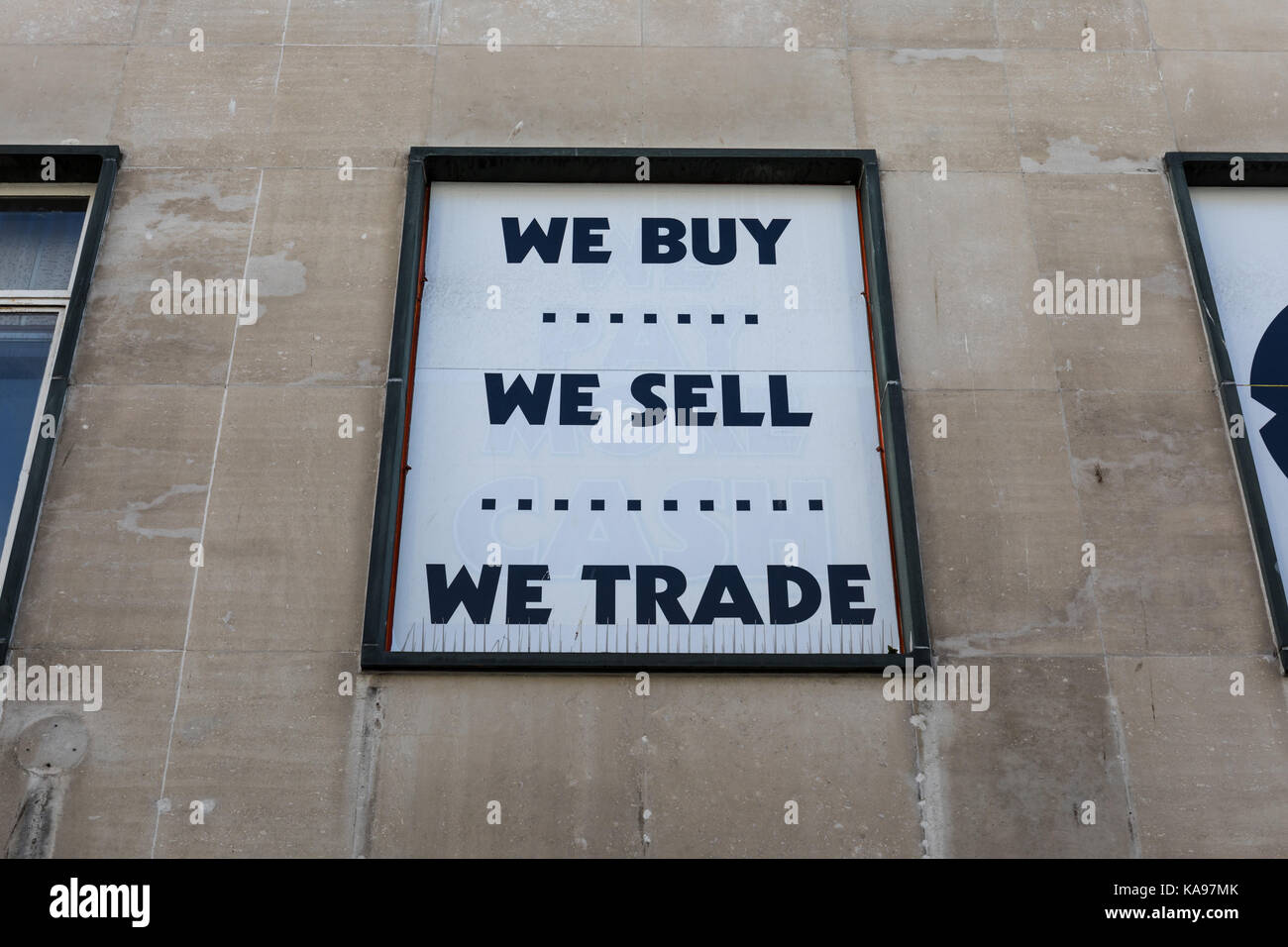Commerce Trade Buy Sell Stock Photos & Commerce Trade Buy Sell Stock ...