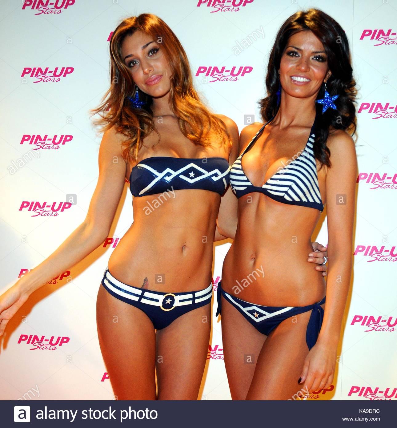 Belen Rodriguez Bikini Nude Photos 34