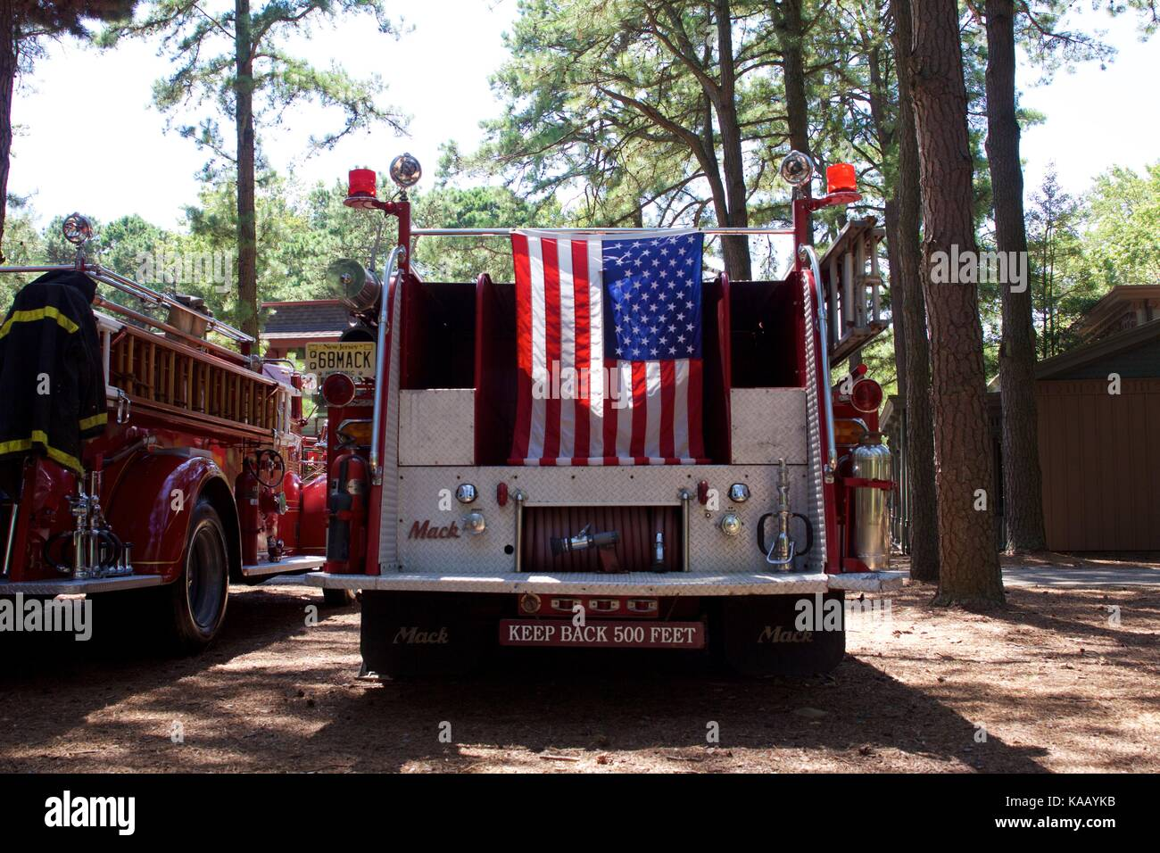 Old Mack Truck Stock Photos & Old Mack Truck Stock Images