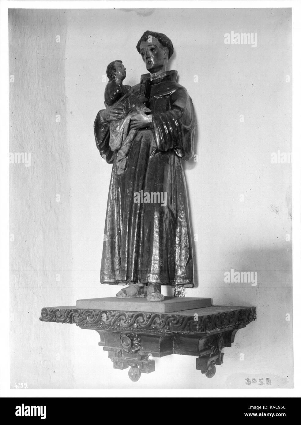 Statue San Antonio De Padua Stock Photos Amp Statue San
