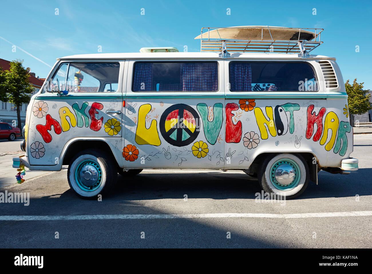 c5756fbd1c Hippie van retro style. Make love not war. Psychedelic vehicle - Stock Image