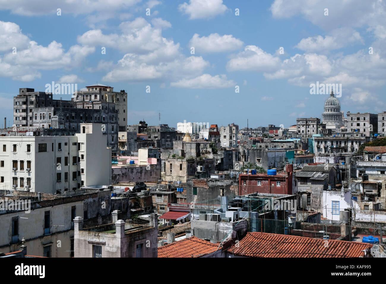 The view over the rooftops of Centro Habana and Habana Vieja in Havana, Cuba.  Ian Hinchliffe / ianrichardhinchliffe.co.uk - Stock Image