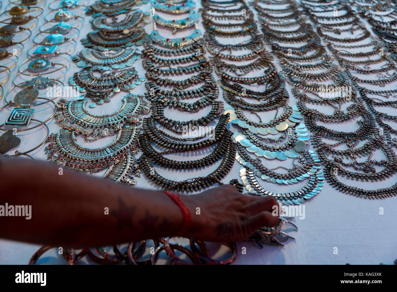 Souvenir jewelry india indian stock photos souvenir for Local handmade jewelry near me