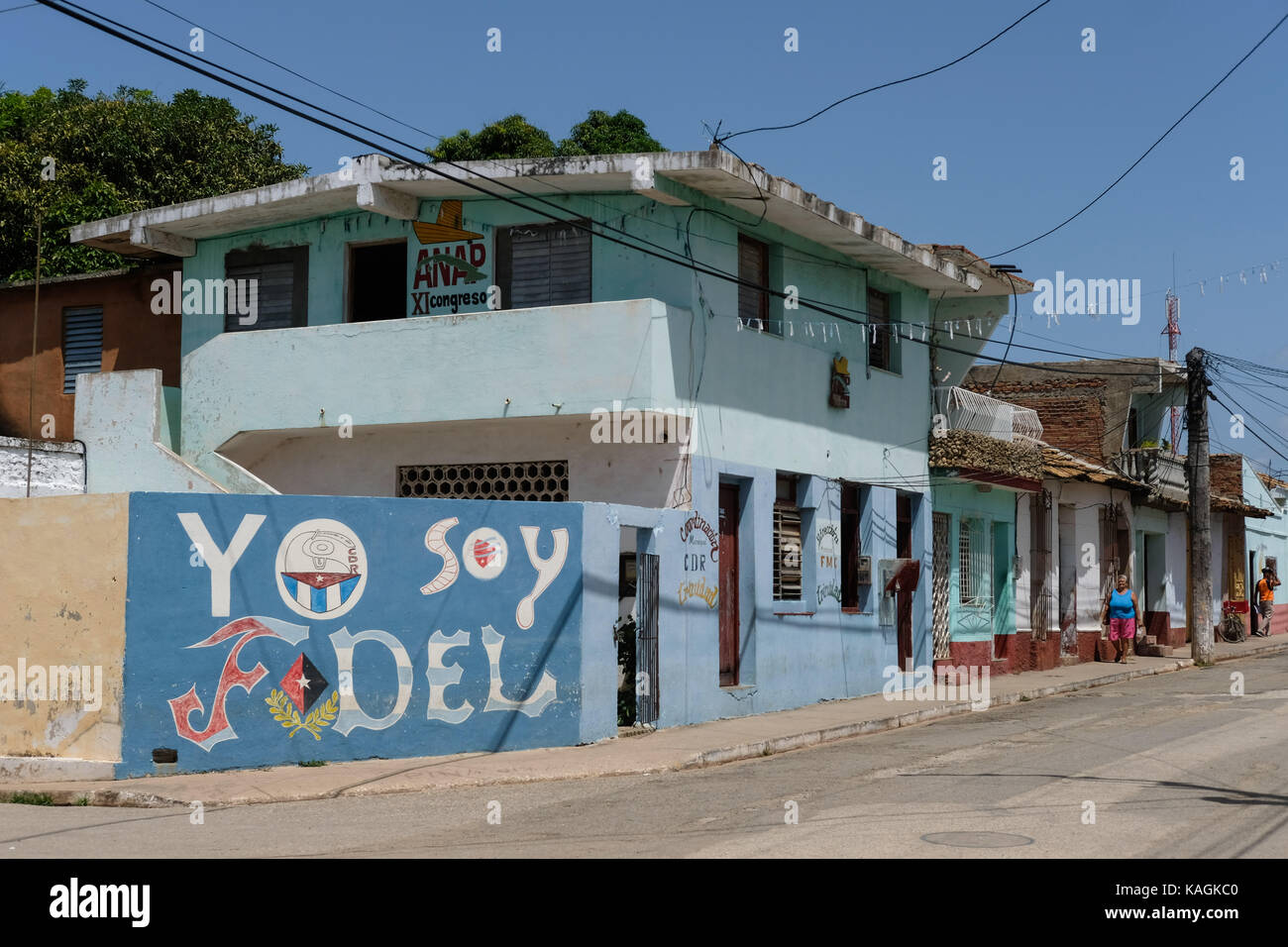Street art in support of Fidel Castro painted on a street wall in Trinidad, Cuba. - Stock Image