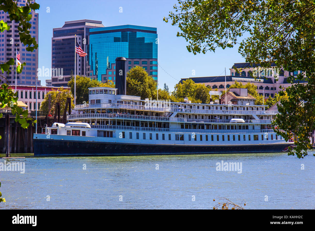 Old Time Paddlewheel Boat At Dock In Sacramento, California - Stock Image