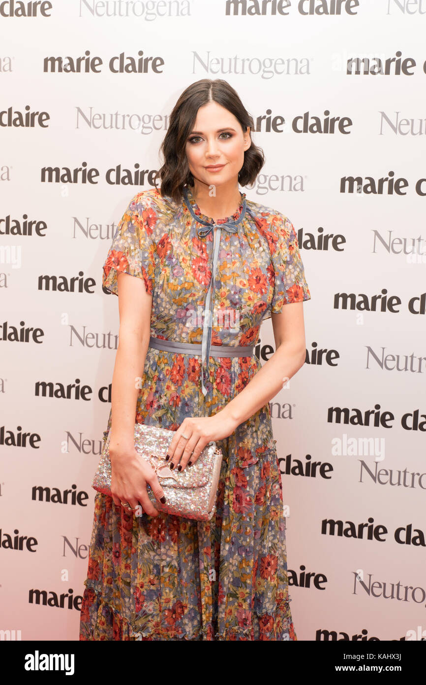 London, UK. 26th Sep, 2017. Lilah Parsons posing for photos on the red carpet before attending the 2017 Marie Claire - Stock Image