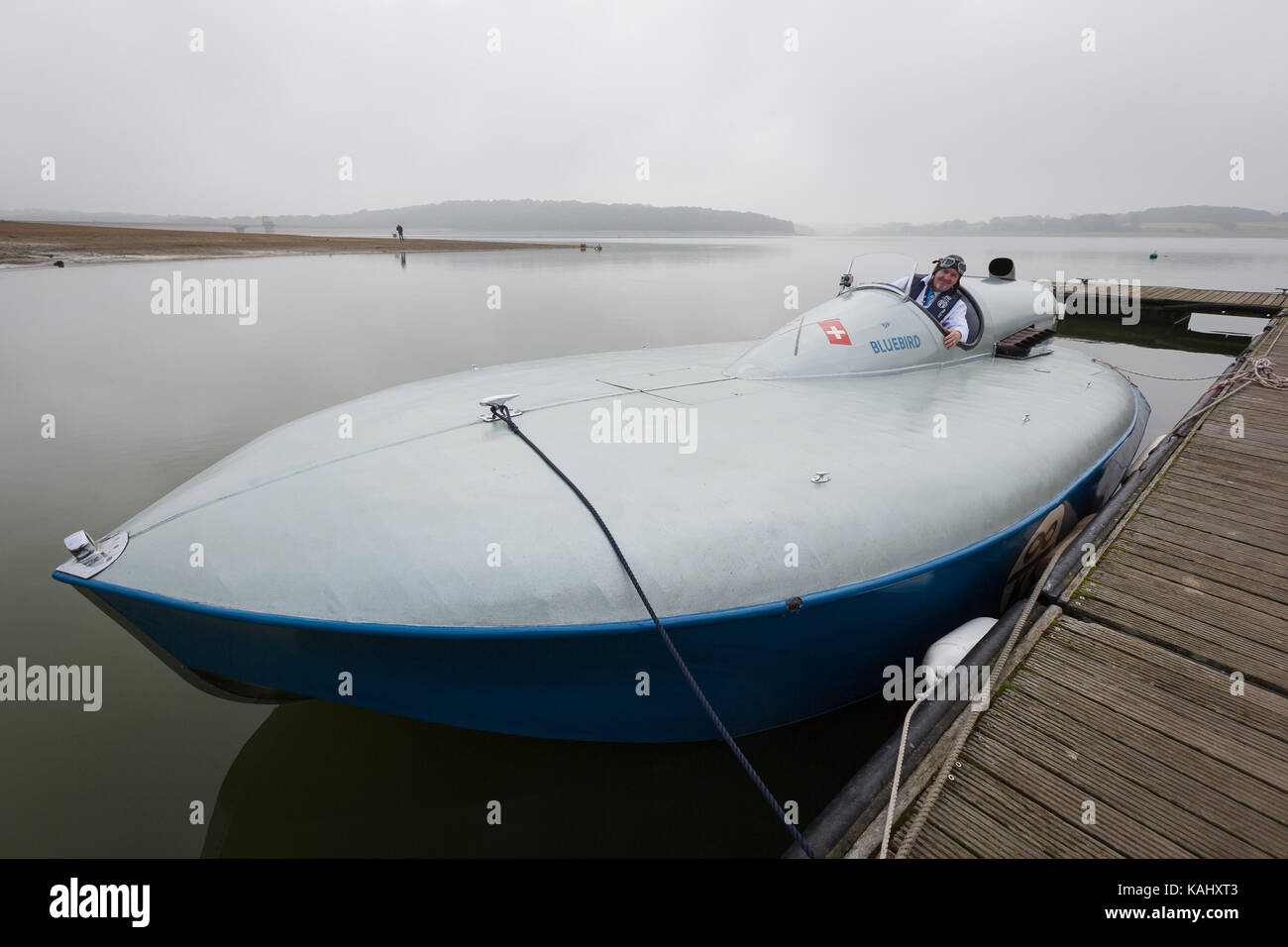 Bewl Water, Kent. 26th September 2017. Following extensive restoration, the hydroplane powerboat Bluebird K3, piloted - Stock Image