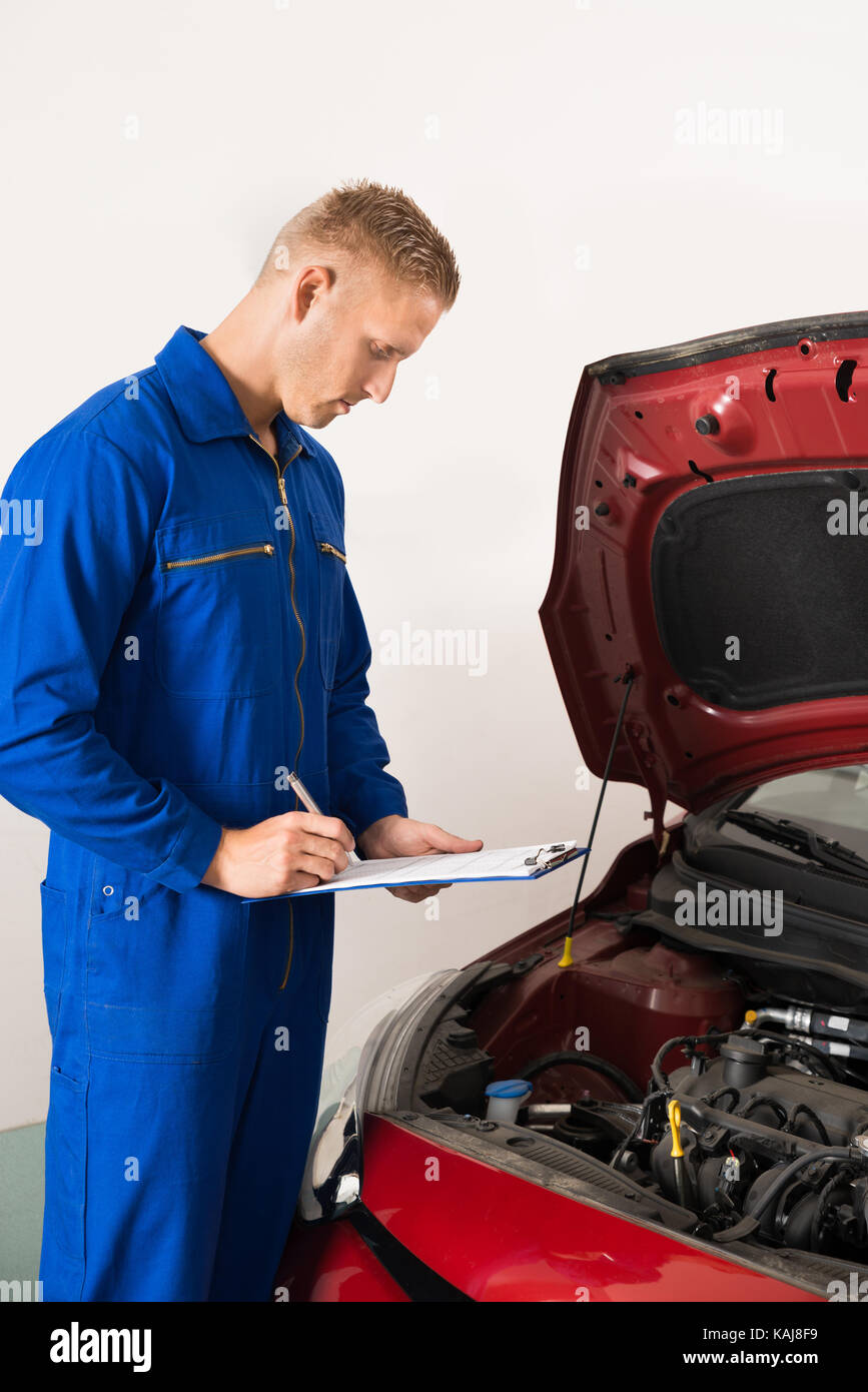 Reliable car stock photos reliable car stock images alamy for Honda specialist near me