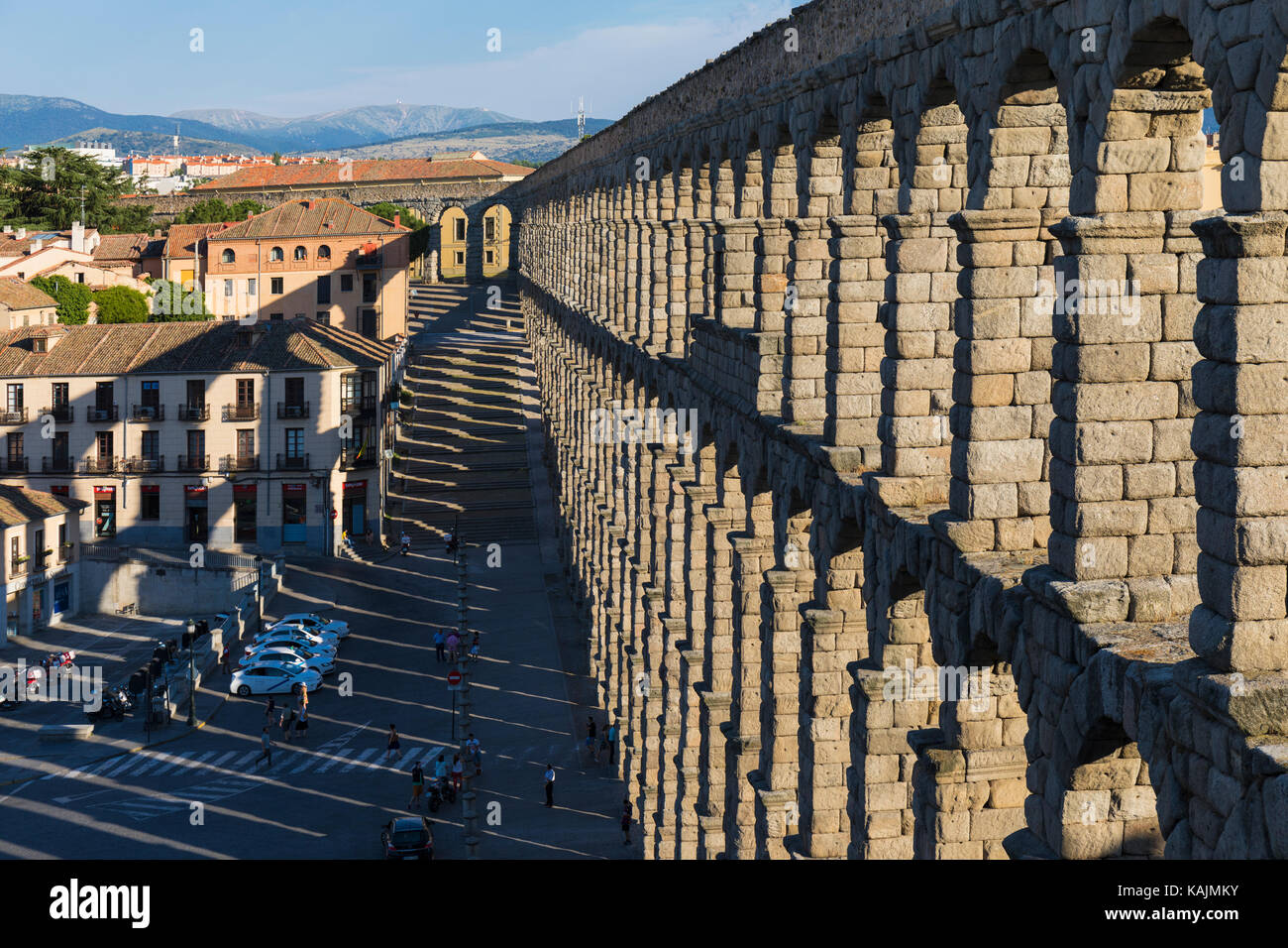 Segovia, Segovia Province, Castile and Leon, Spain.  The Roman Aqueduct which dates from the 1st or 2nd century - Stock Image