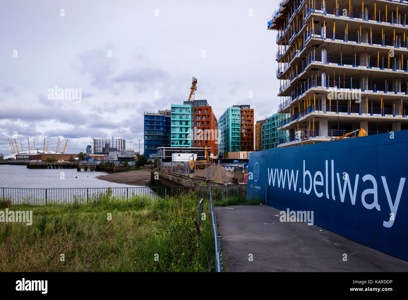 London,Greenwich. Luxury New-Build riverside apartment buildings under construction. Bellway and Barratts Developers - Stock Image